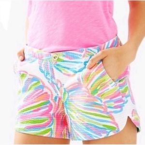 Lilly Pulitzer. Shellabrate adie cotton shorts.